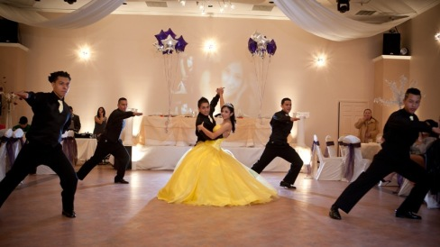 quinceanera-dance-at-demers